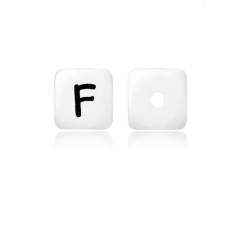 Силиконовая бусина куб с буквой F