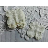 Цветок Гортензия молочная, 5 см