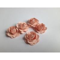 Цветы ручной работы Розы пудровые 3,5 см, 5 шт