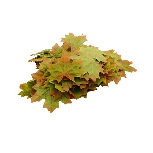 Декоративный кленовый лист, зеленый