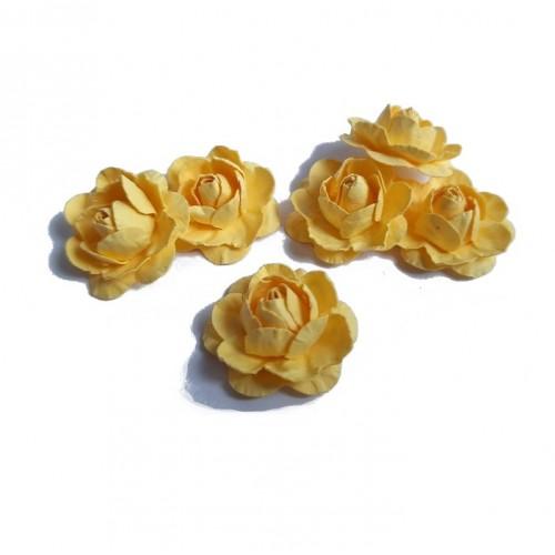 Цветы ручной работы Розы желтые 2,5 см, 6 шт