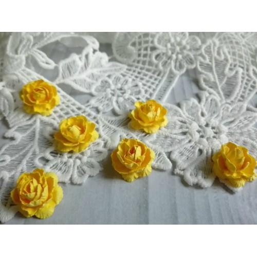 Цветы ручной работы. Роза. Желтый. 6 шт