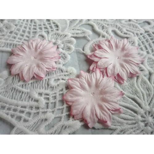 Цветок Маргаритка светло-розовый 37 мм фото