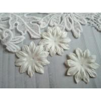 Цветок Маргаритка белый, 37 мм