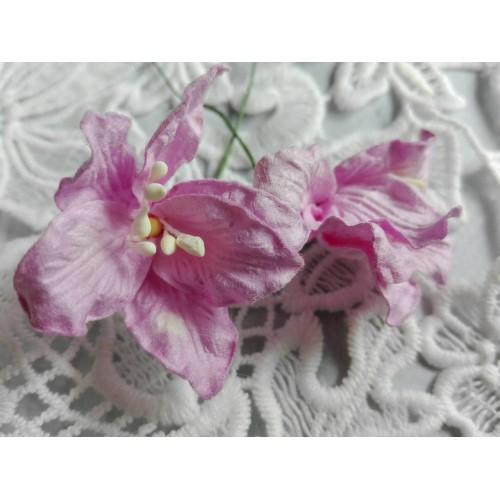 купить бумажные цветы лилии сиреневые