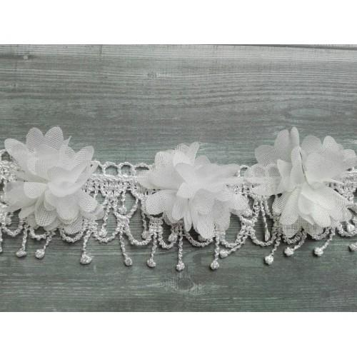 Шифоновые цветы с кружевом Белые фото