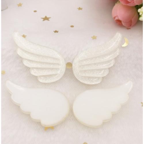 Фигурки из пластика Крылья белые перламутровые, 2 шт