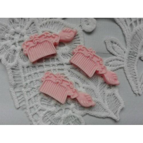 купить фигурку из пластика Расческа розовая