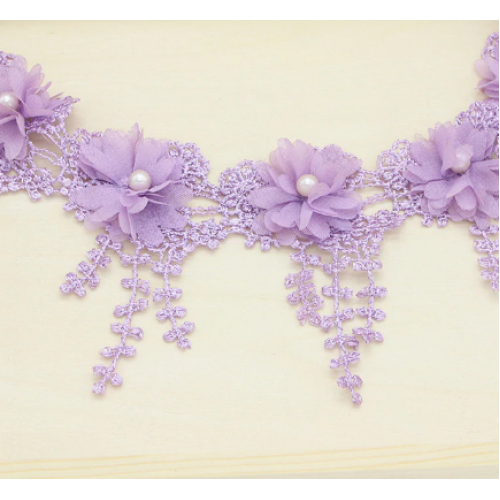Шифоновый цветок на кружеве Сиреневый фото