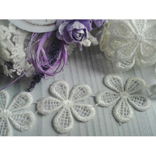 Кружевные элементы Цветочки №1 белые фото