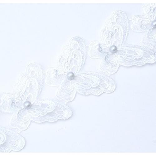 Кружевной элемент Бабочка белая на шифоне с бусиной