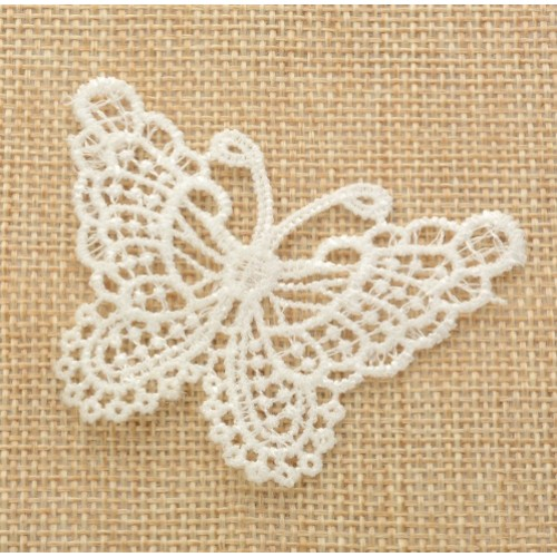 Кружевной элемент Бабочка молочная фото
