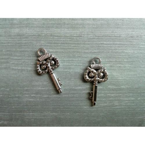 "Металлический декор Ключ ""Сова"" Серебро, 2х1 см"