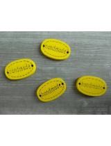 Деревянная пуговица Handmade Желтая, 12х18 мм