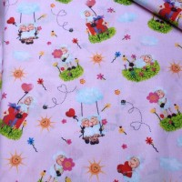 Ткань хлопок Овечки на розовом фоне, 40*50 см