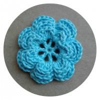 Вязаный декор Цветок трехслойный Голубой, 3,8 см