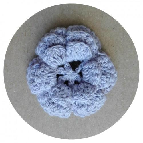 Вязаный декор Цветок трехслойный Фиолетовый 3,8 см фото
