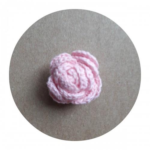 Вязаный декор Роза розовая
