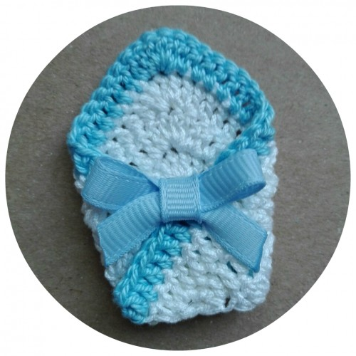 Вязаный декор Конверт для малыша голубой фото