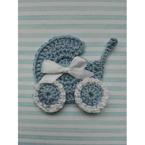 Вязаный декор Коляска голубая 4х4,5 см фото