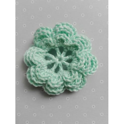 Вязаный цветок 9 (3 слоя) 3,8 см, мятный