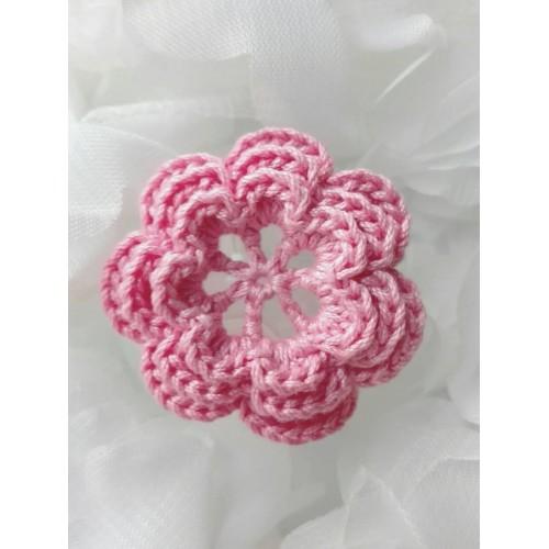 Вязаный декор Цветок трехслойный Розовый 3,8 см фото
