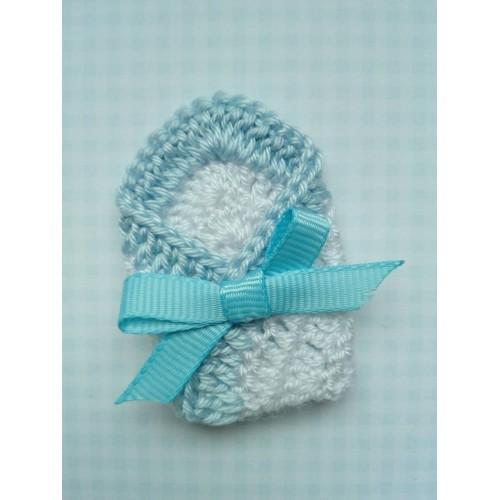 Вязаный декор Конверт для малыша голубой