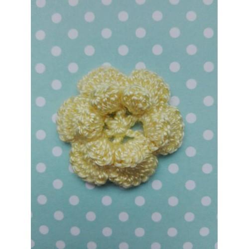 Вязаный цветок 1 (2 слоя) 3,8 см, желтый