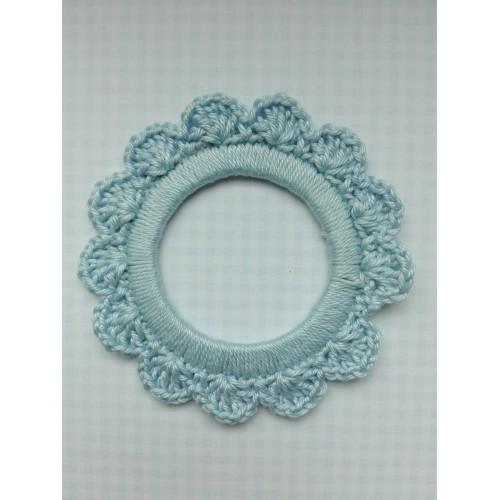 Вязаный декор Рамочка голубая 7 см фото